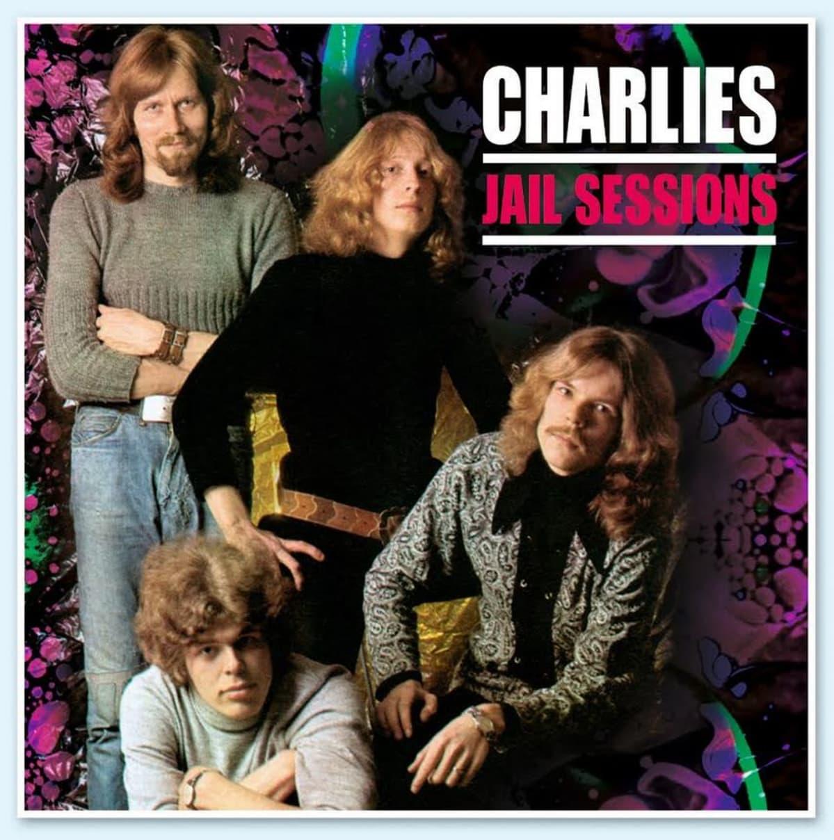 Charliesin treeninauhoista kootun Jail Session -levyn kansi.