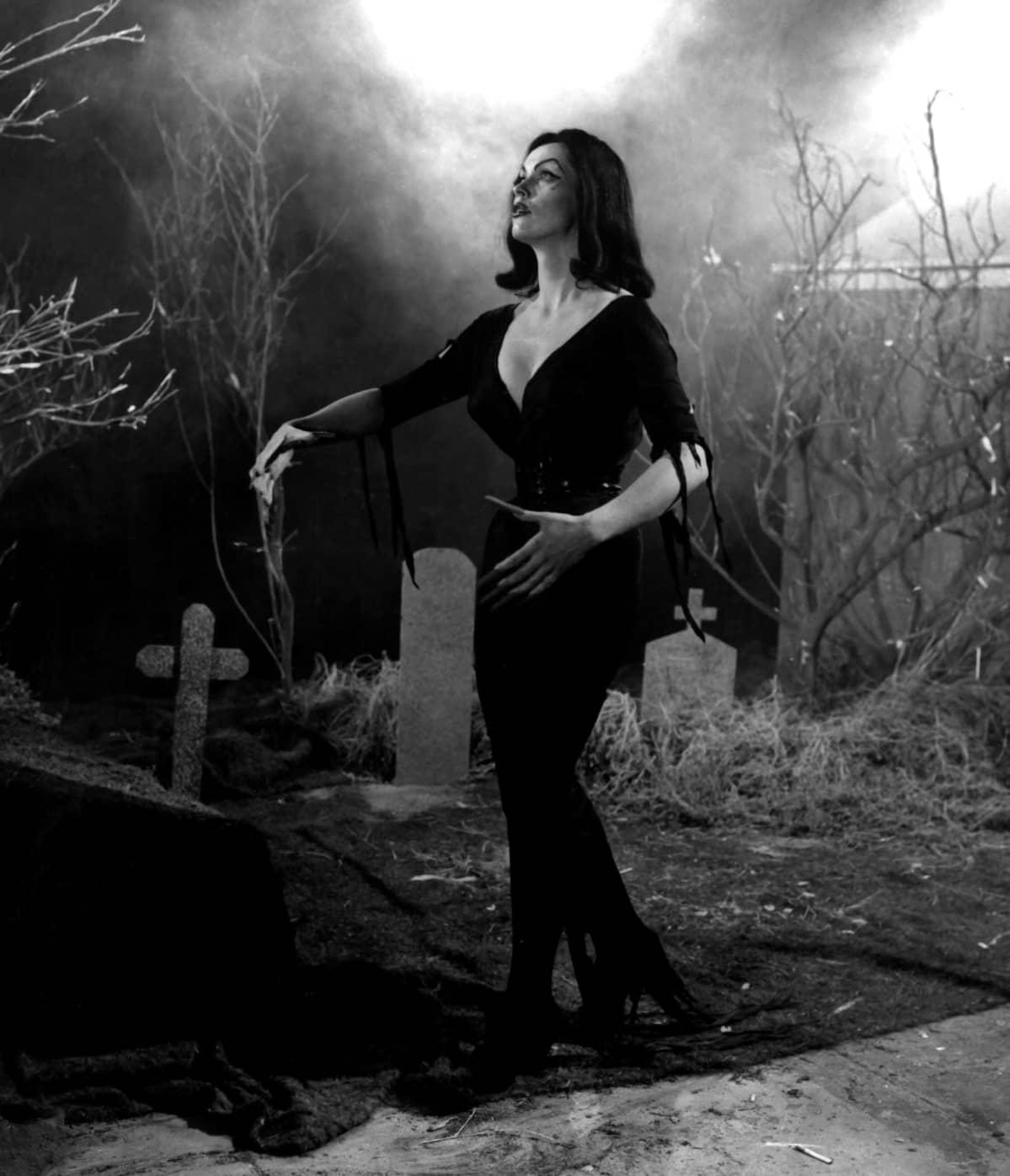 Vampira - Maila Nurmi