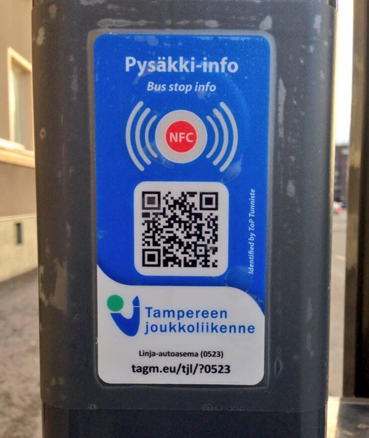 NFC-tunniste pysäkillä