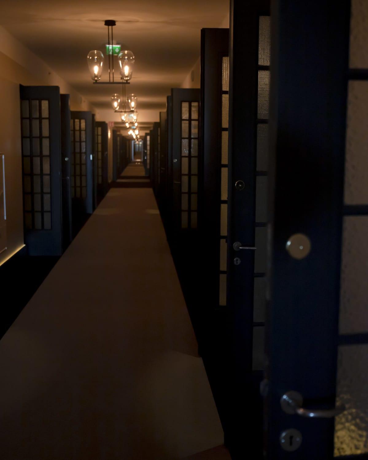 Scandic Grand Central Helsinki -hotellin käytävä