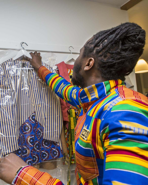 Dennis Owusun suunnittelemia vaatteita