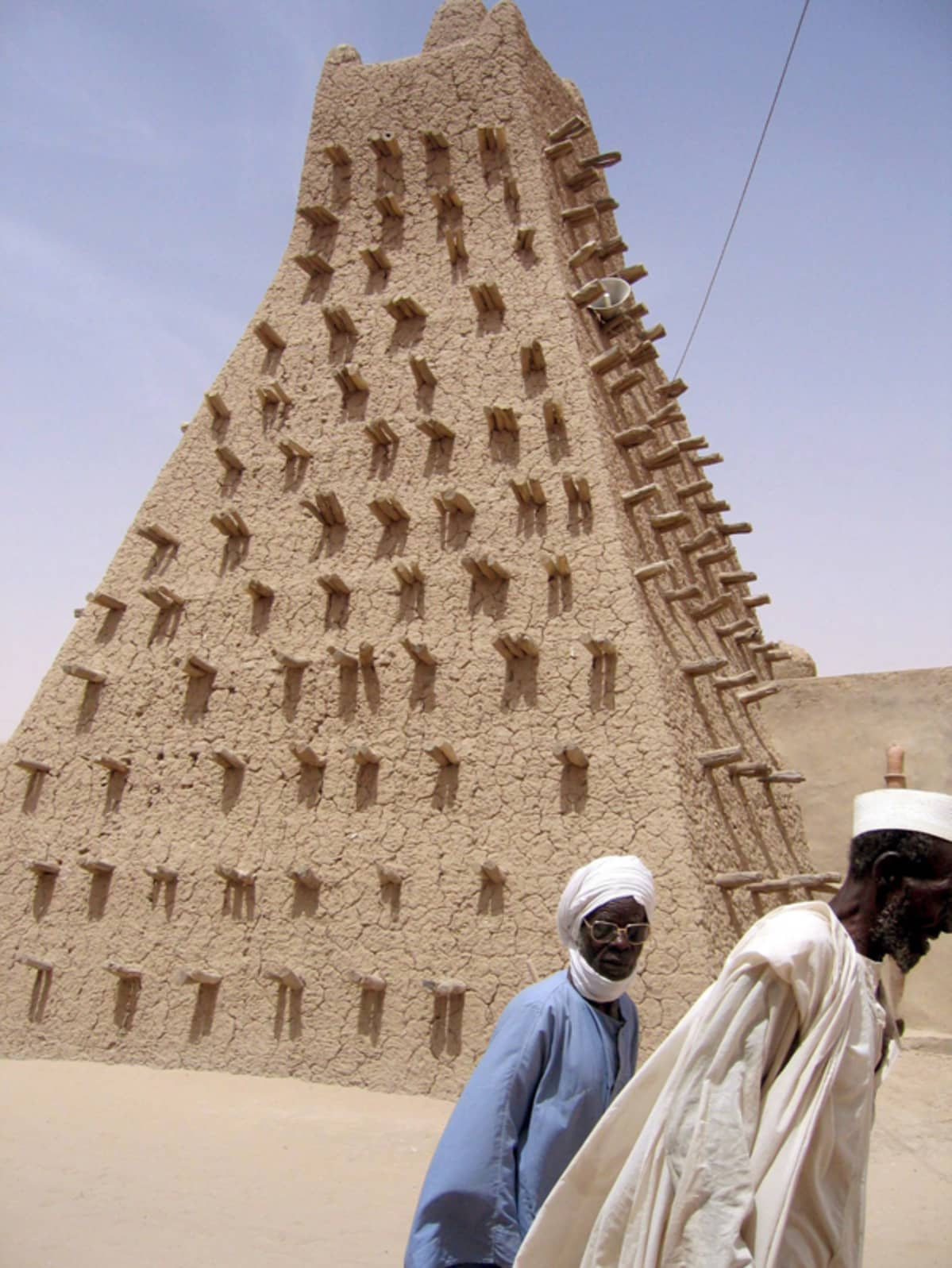 Sidi Yahya -moskeijan minaretti Timbuktussa. Timbuktu on yksi UNESCOn maailmanperintökohteista.