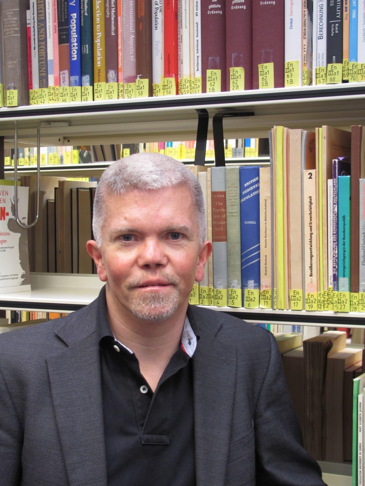 Professori Martin Voss tutkii työkseen katastrofien syntyä Berliinin Freie Universität:issä.