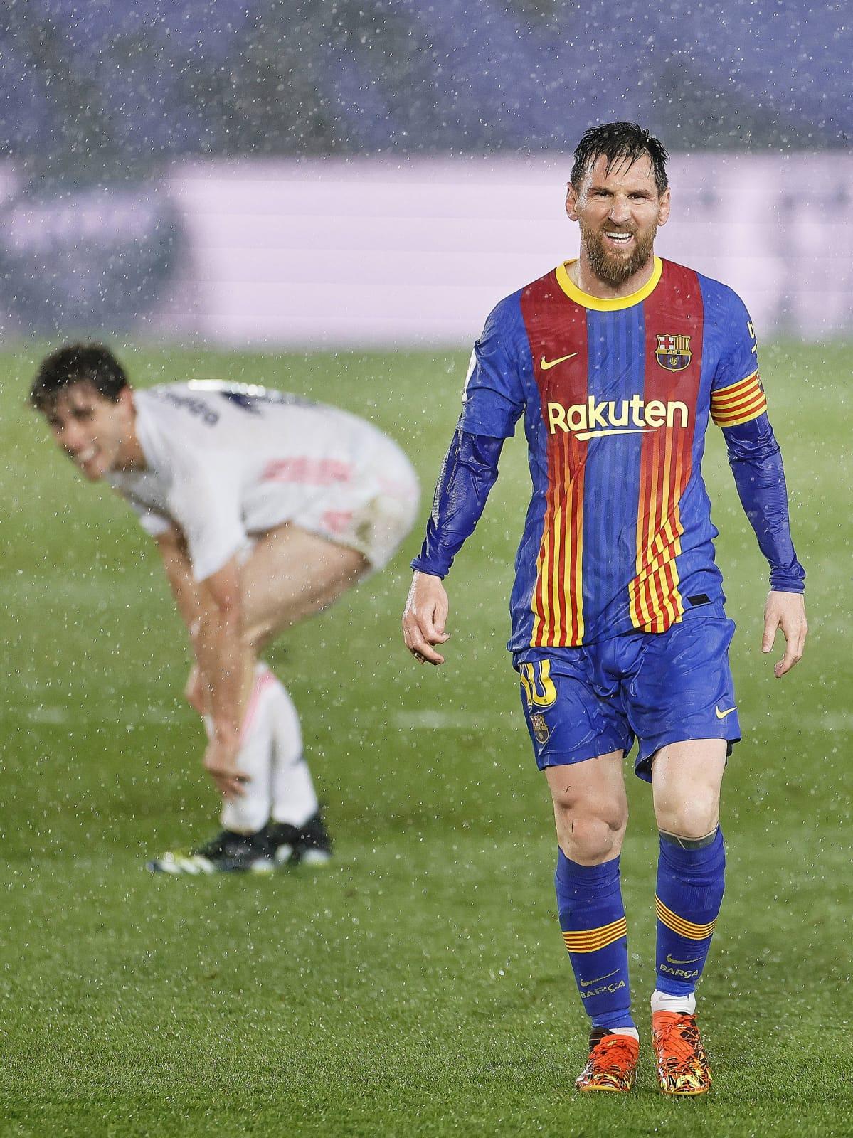 Lionel Messi räntäsateessa.