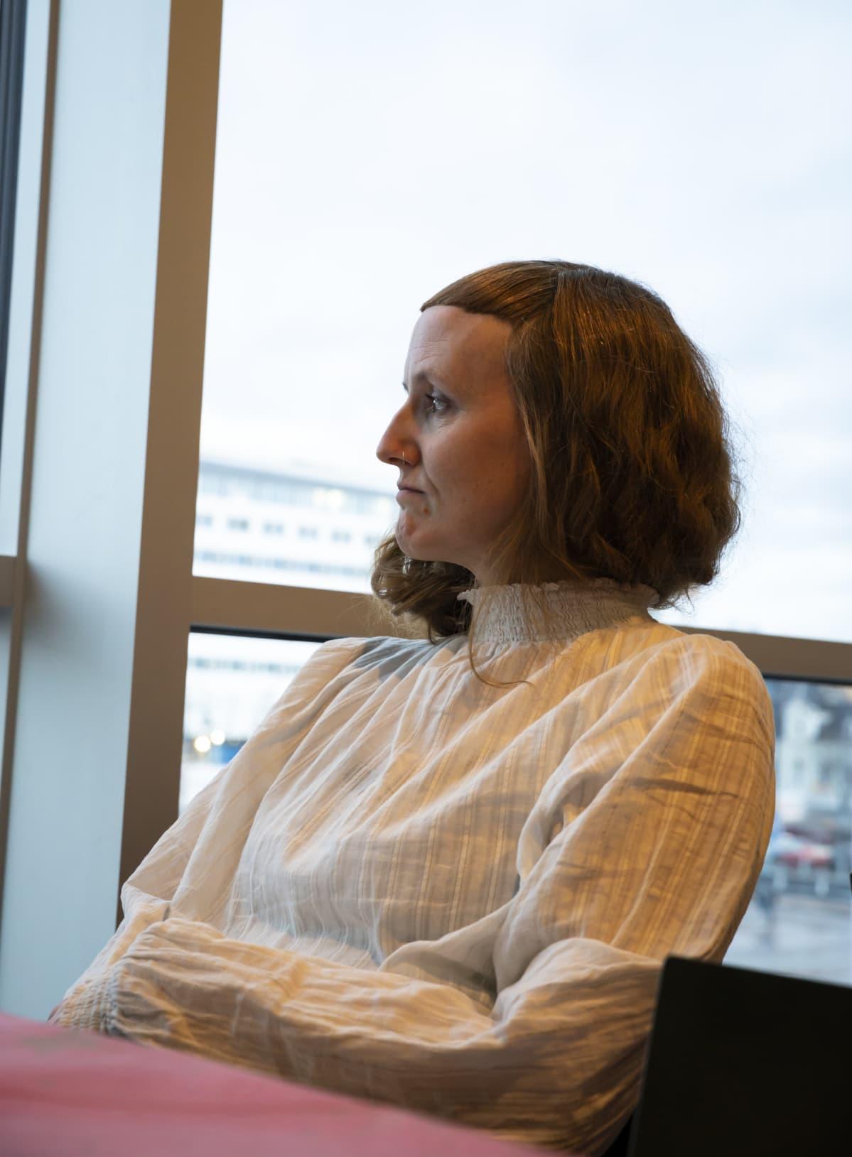 Alma Lehmuskallio haluaa panostaa tasa-arvoon Oulun kaupunginteatterissa.