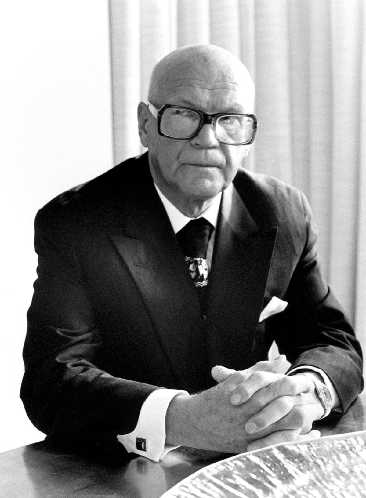 Urho Kekkonen vuonna 1975.