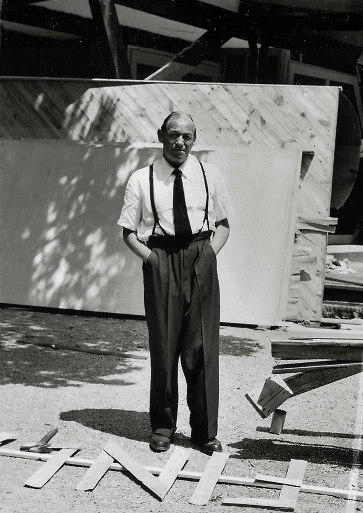 Alvar Aalto 1956 Venetsian Paviljongin työmaalla