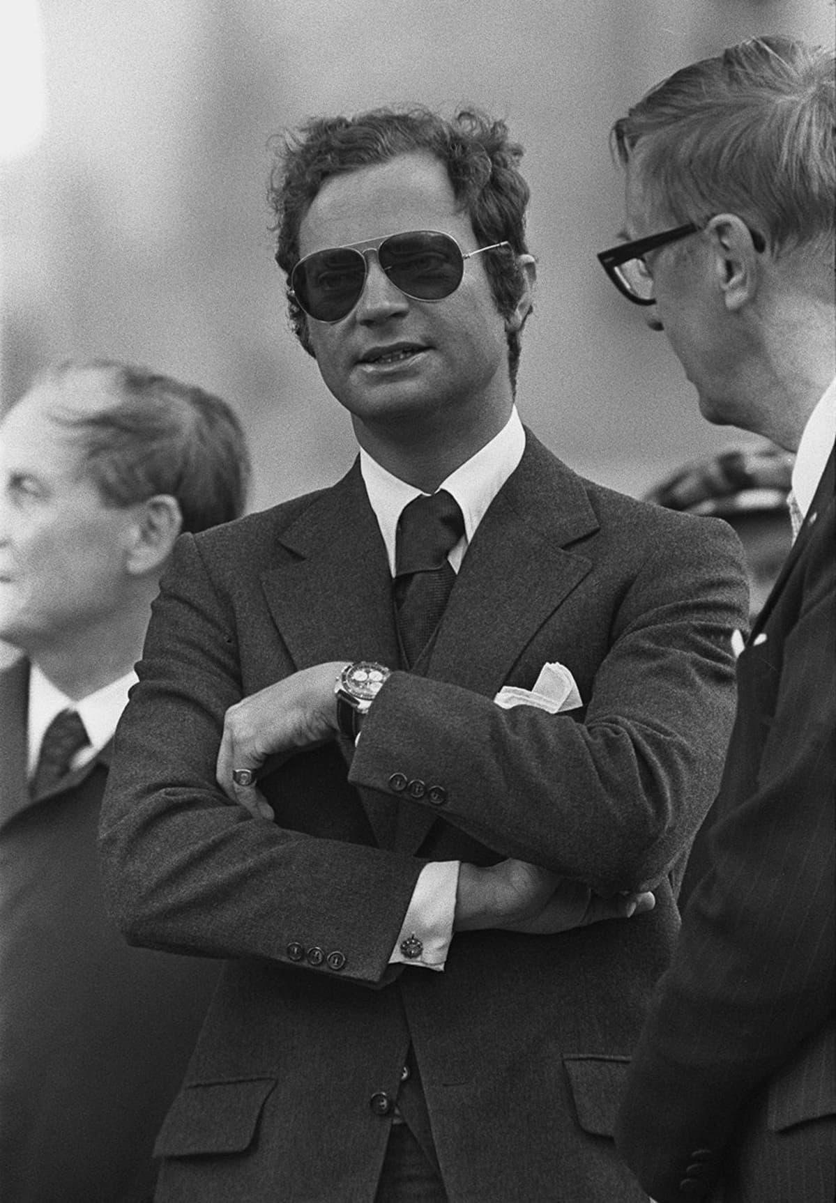 Kaarle Kustaa Suomessa vuonna 1975.