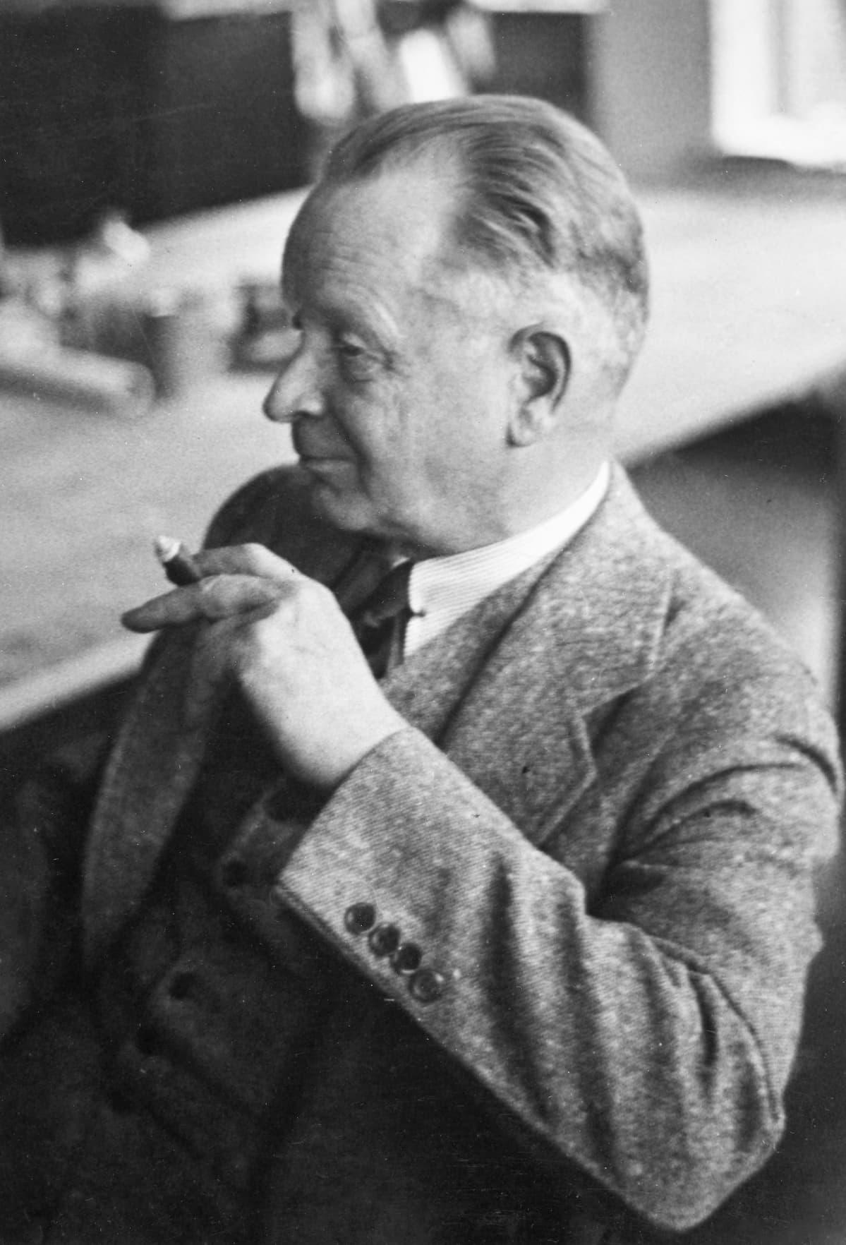Arkkitehti Eliel Saarinen.