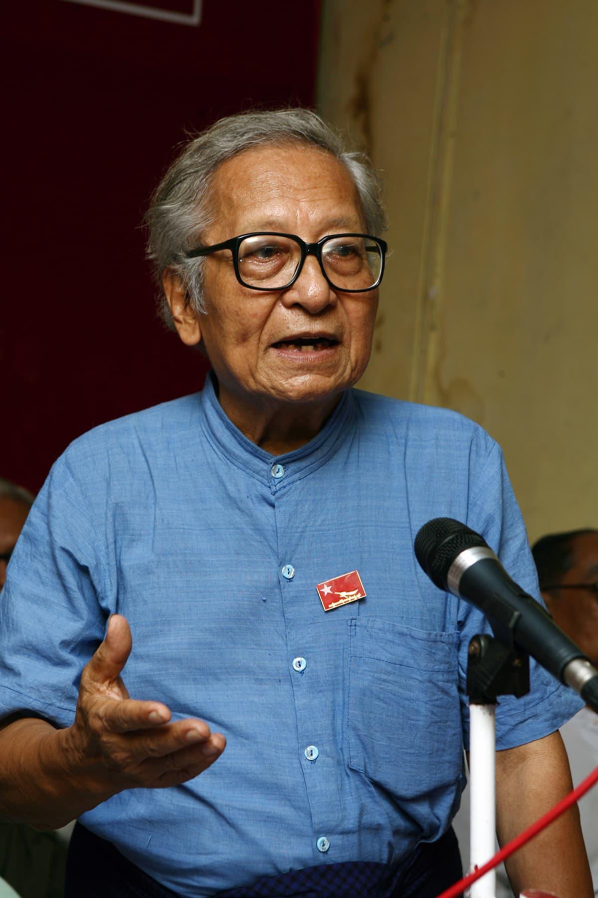 Myanmarin pitkäaikasin poliittinen vanki Win Tin.