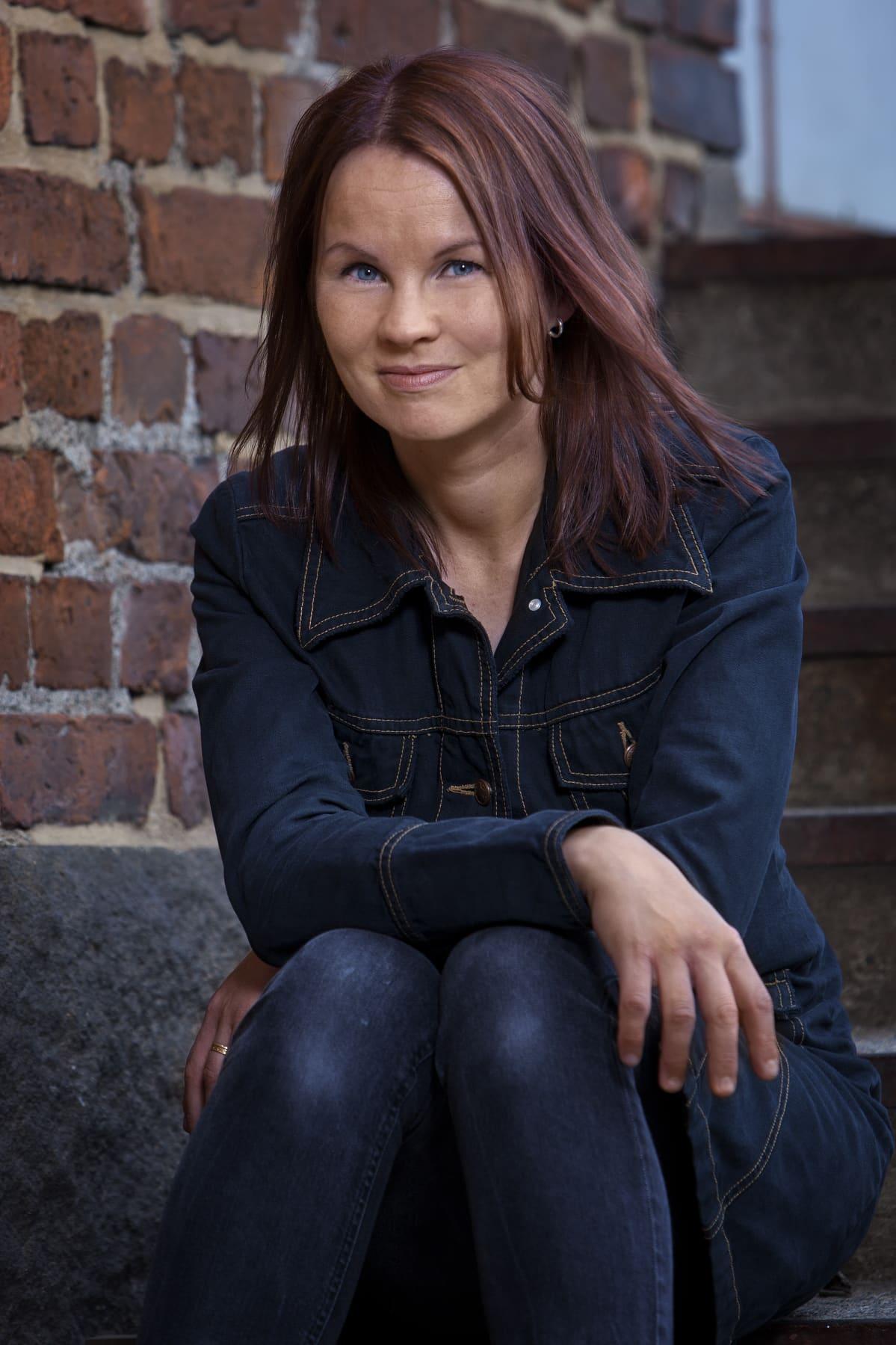 Kirjailija Marisha Rasi-Koskinen