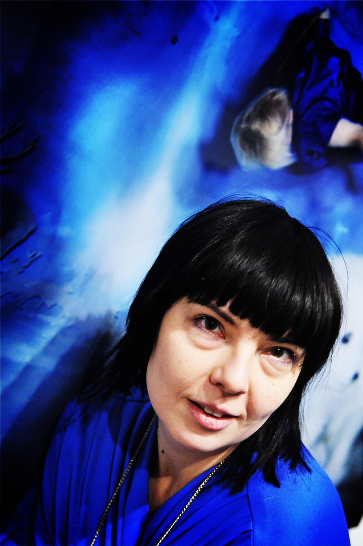 Susanna Majuri näyttelyssään vuonna 2010.