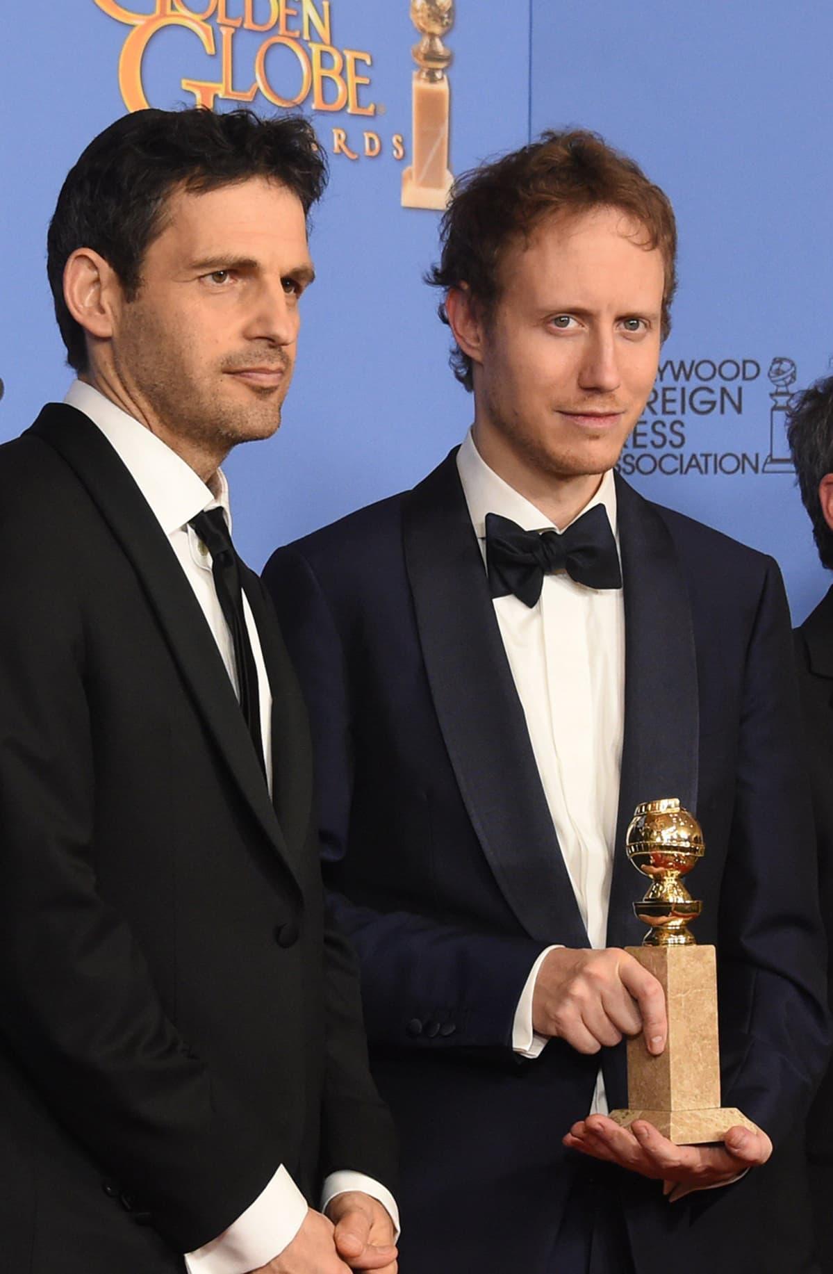Son of Saul -elokuvan näyttelijä Geza Rohrig (vas.) ja ohjaaja Laszlo Nemes.