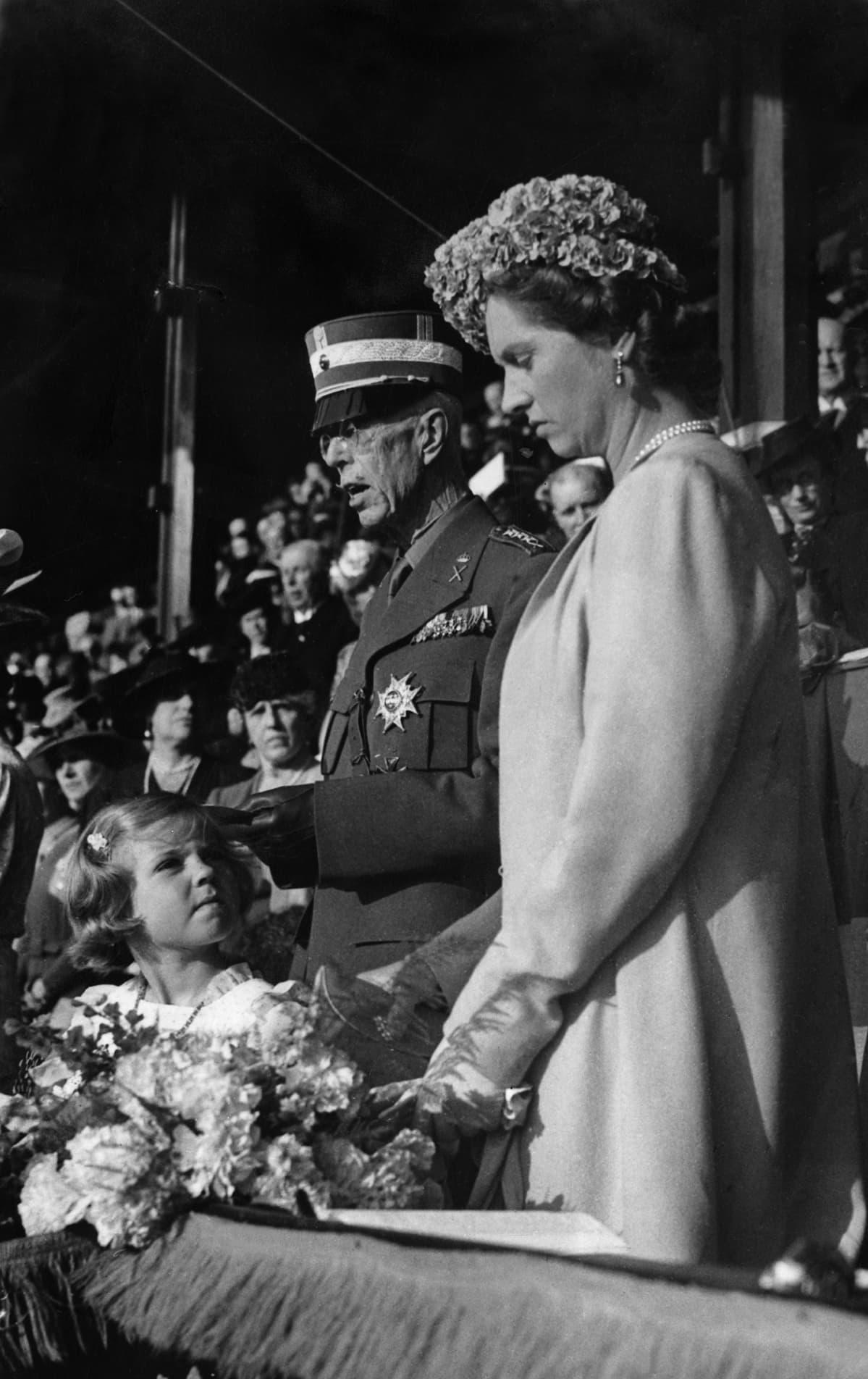 Kustaa V, prinsessa Margareta äitinsä kanssa vuonna 1940.