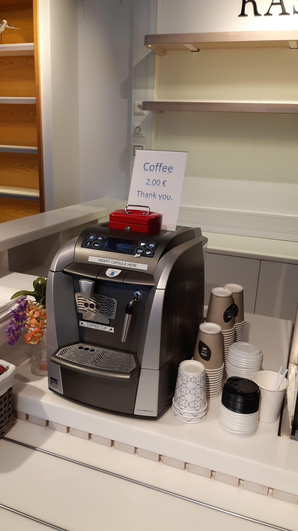 Kahviautomaatti