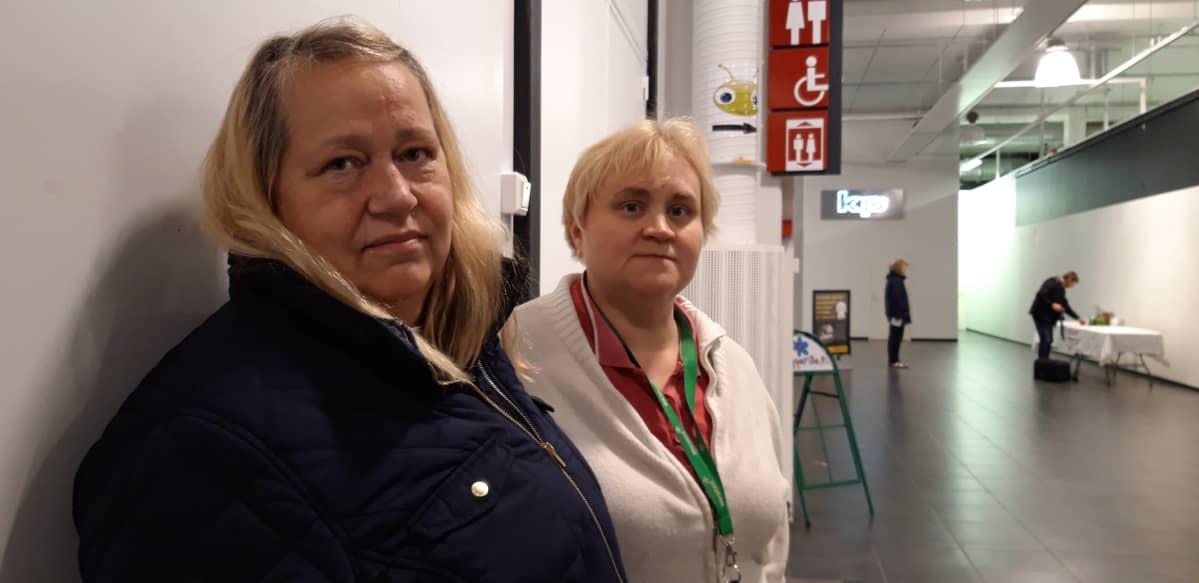 Taina Niemelä ja Johanna Karhunen
