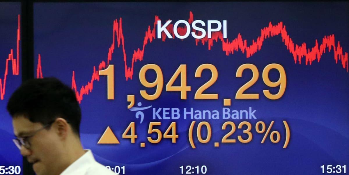 Soulin pörssin Kospi-indeksi jatkoi maanantaina nousuaan kolmatta päivää huolimatta Etelä-Korean ja Japanin välisen kauppakiistan kiristymisestä.