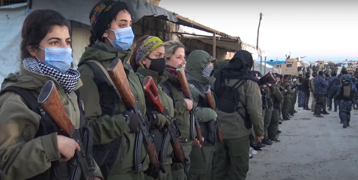 YPG Koillis-Syyriassa toimivan kurdihallinnon armeijan sotilaita.