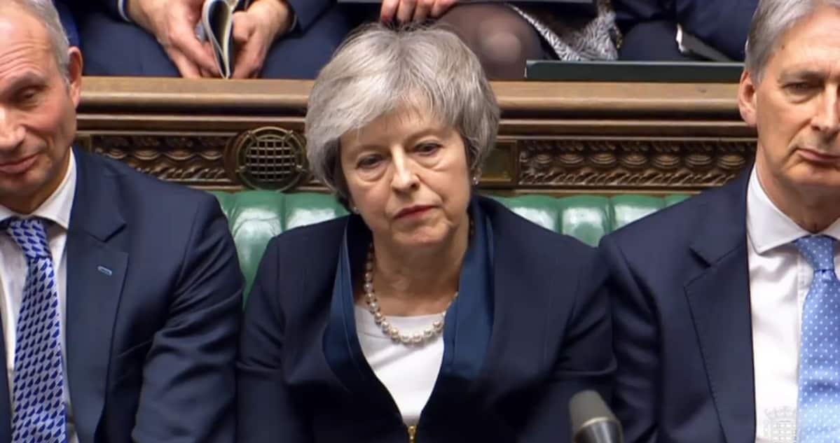 Pääministeri Theresa May parlamentissa.