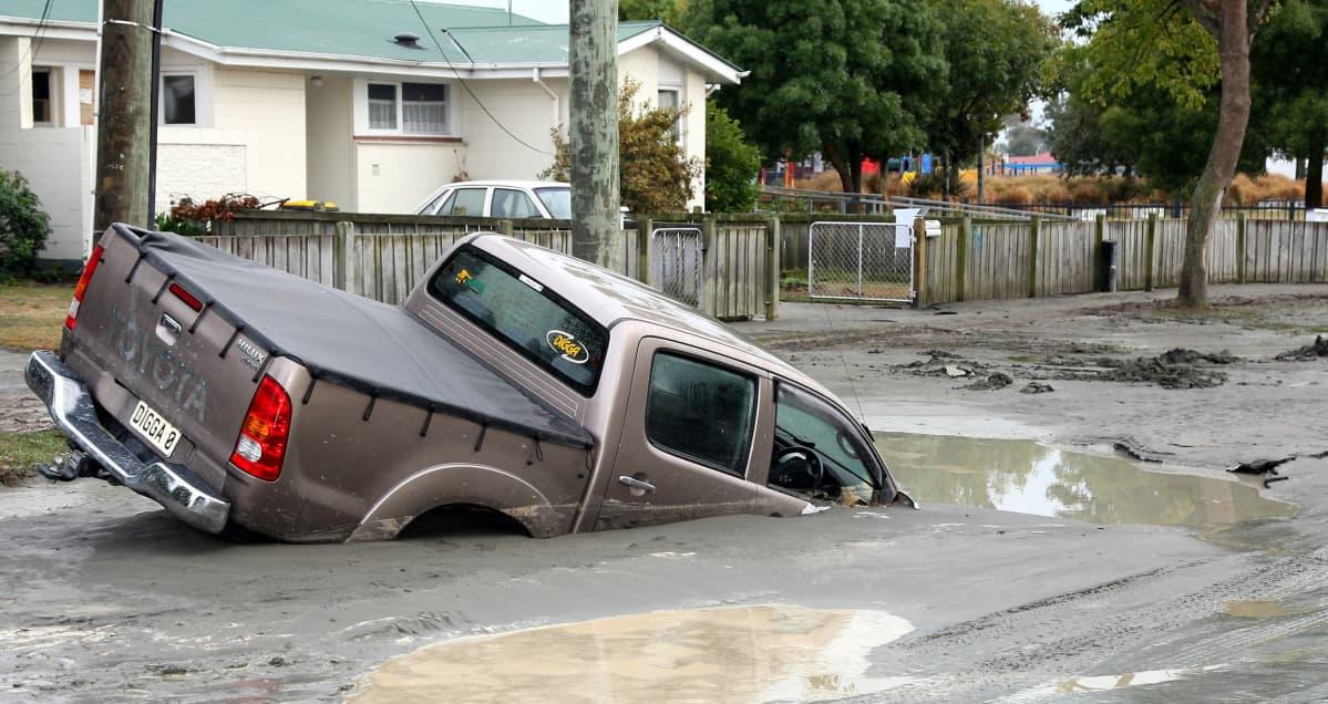 auto mudassa