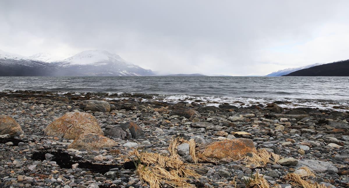 Jäämeri huuhtoo Norjan rannikkoa.