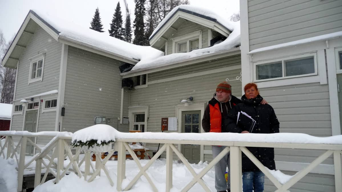 Jamppa ja Erja Kääriäinen ovat aloittaneet Iisalmen Koljonvirran uusina yrittäjinä.