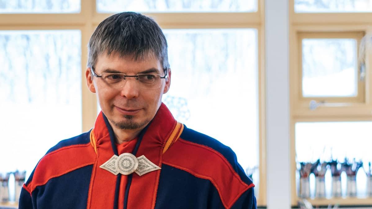 Saamenkäsityöntekijä Jouni S. Laiti