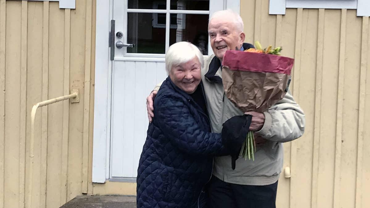 Eila Nikitina ja Into Isomäki
