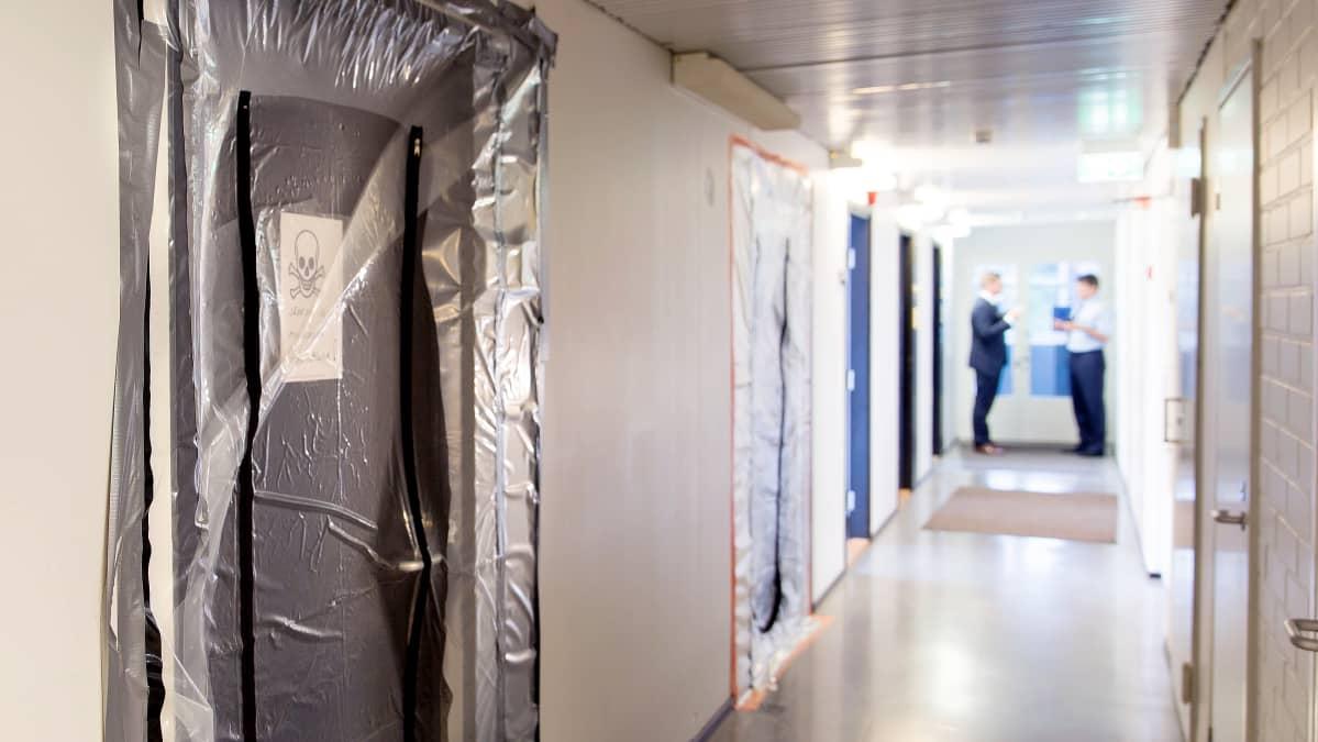 Itä-Uudenmaan poliisilaitoksessa on suljettu ovia sisäilmaongelmien vuoksi.