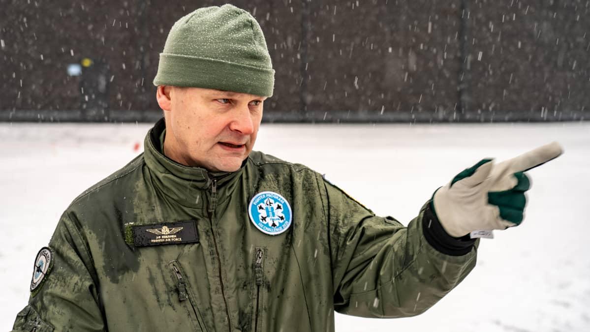 HX-hankejohtaja, eversti Juha-Pekka Keränen.