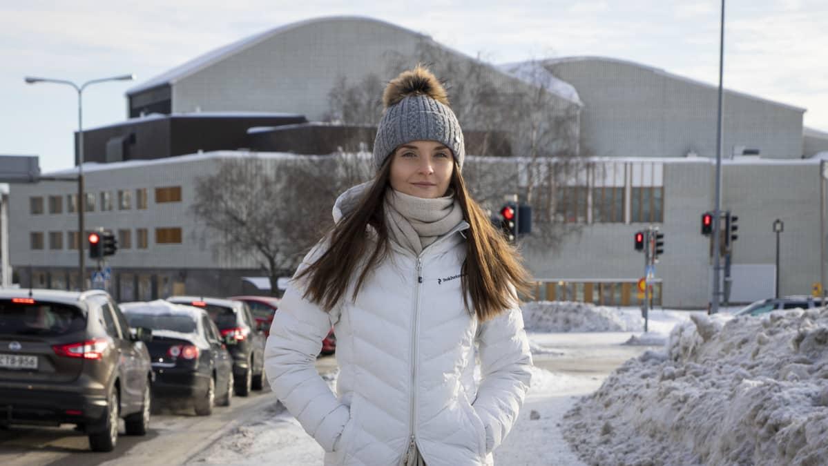 Linda Tervaniemi palasi toistamiseen tuttuihin lumisiin maisemiin Rovaniemelle.