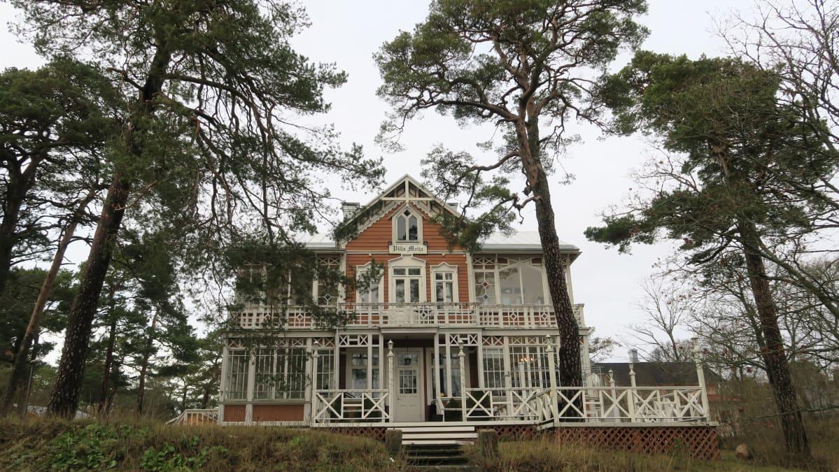 Vuonna 1888 rakennettu Villa Maija on yksi Hangon kuuluisimmista kesähuviloista.