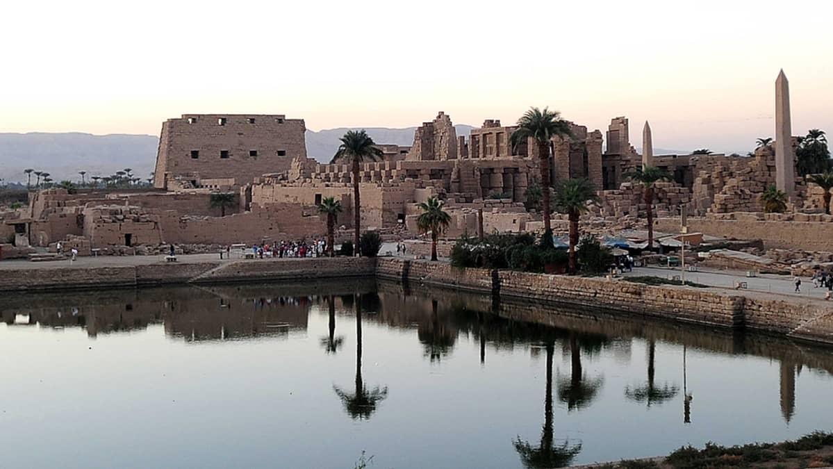 Karnakin temppeli Luxorissa.