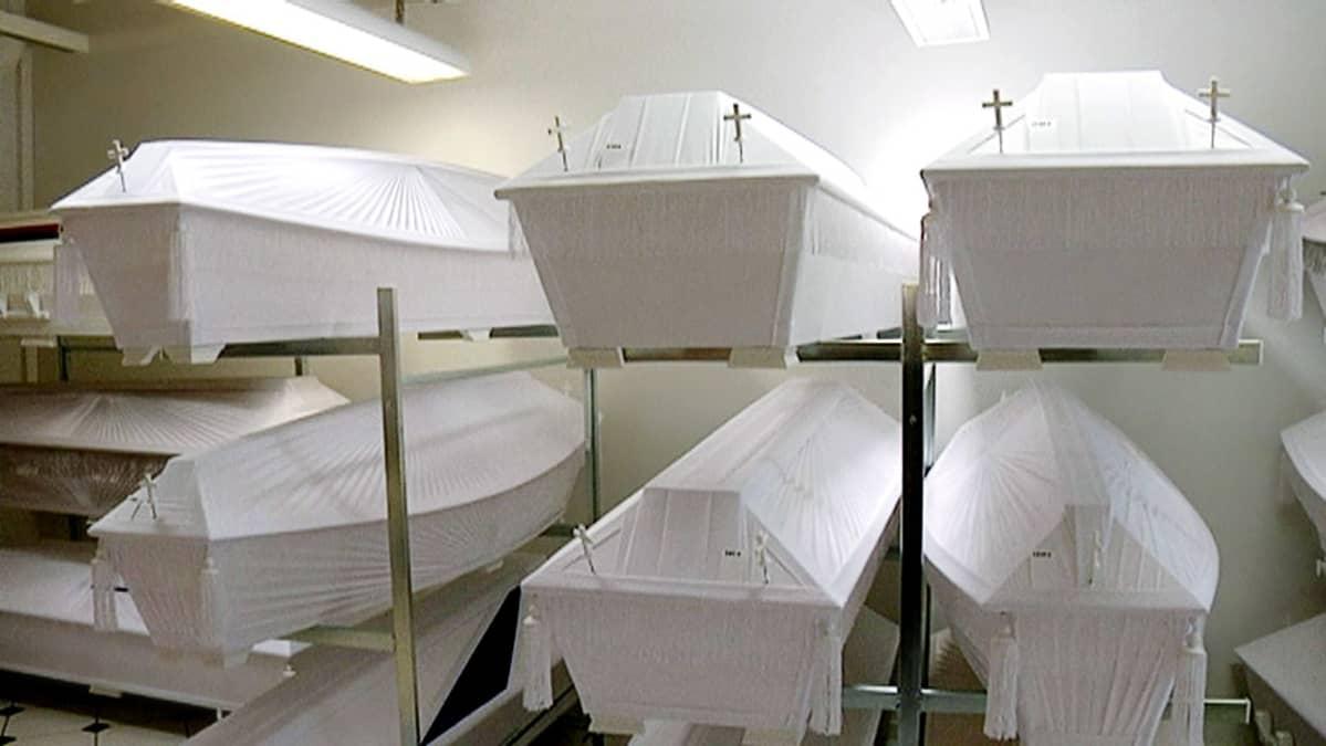Arkkuja hautaustoimistossa