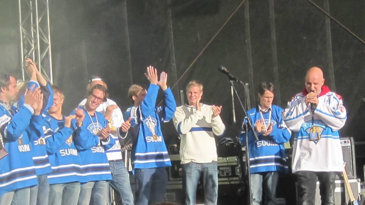 MM-Leijonat 2011 Tampereen keskustorilla.