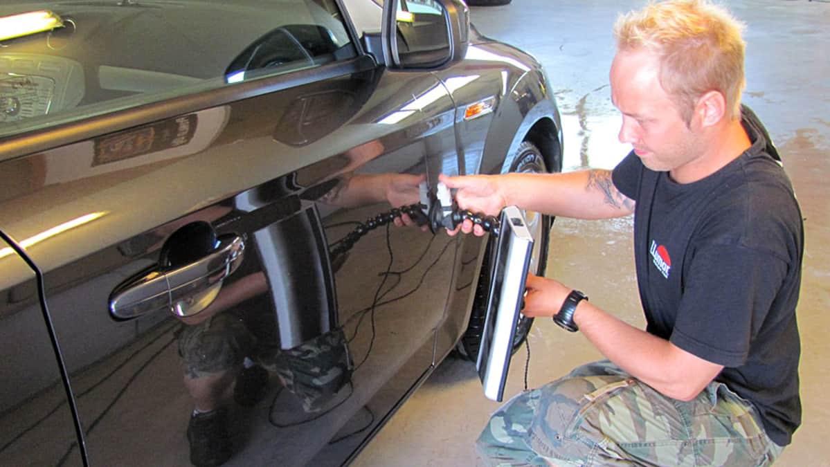 auton lommon korjaus hinta