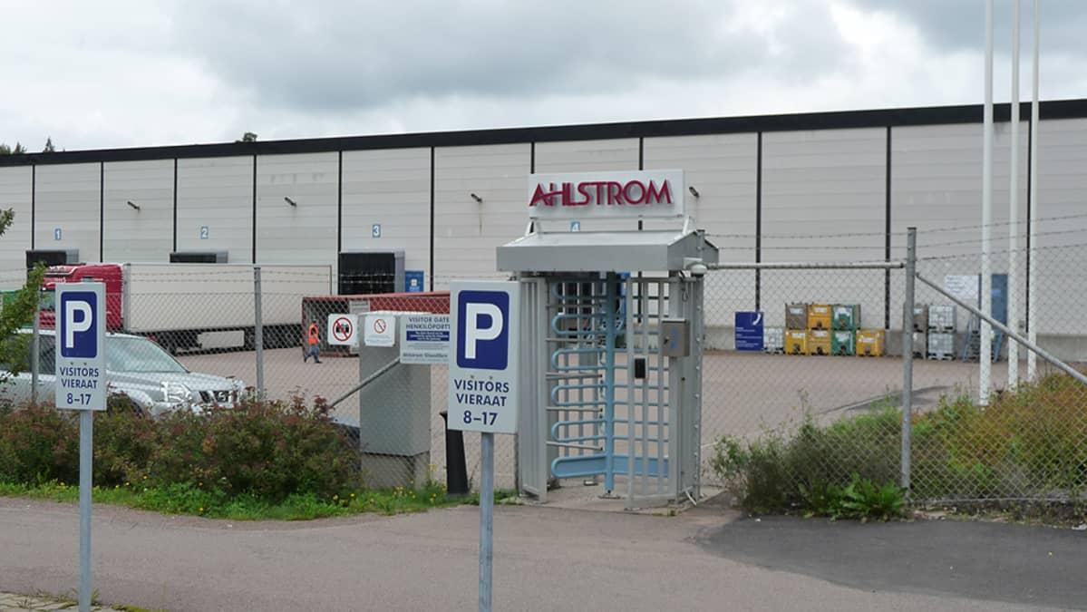 Ahlstromin tehdas Kotkan Karhulassa