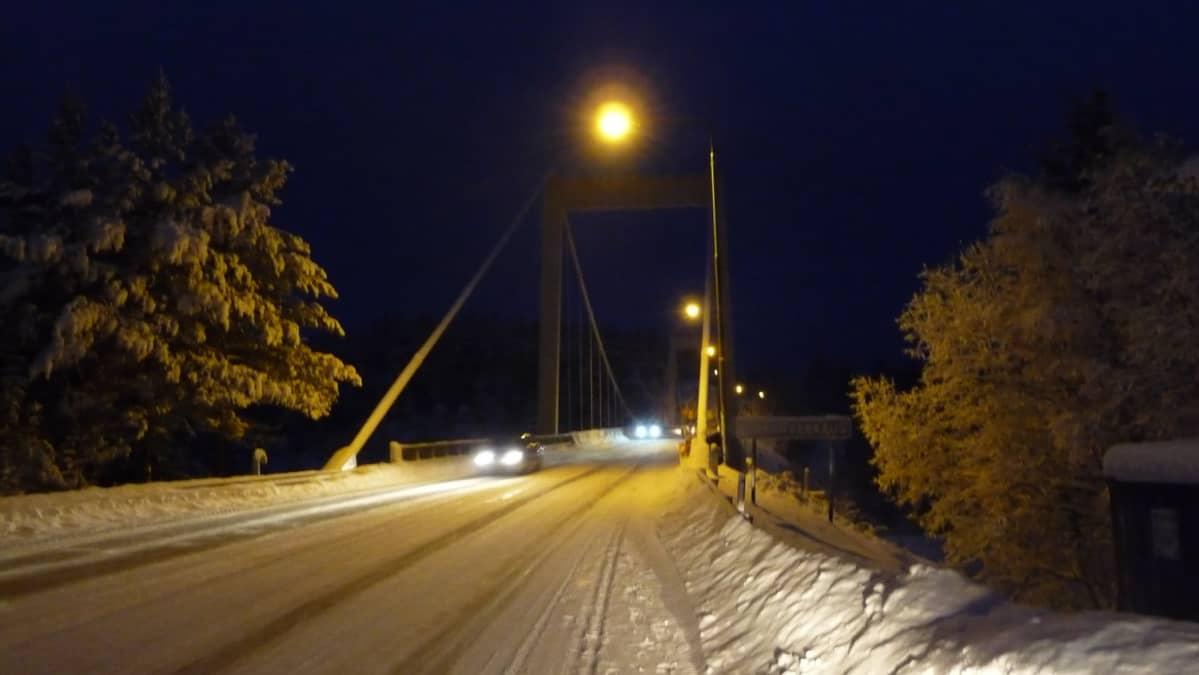 Kirkonvarkauden silta