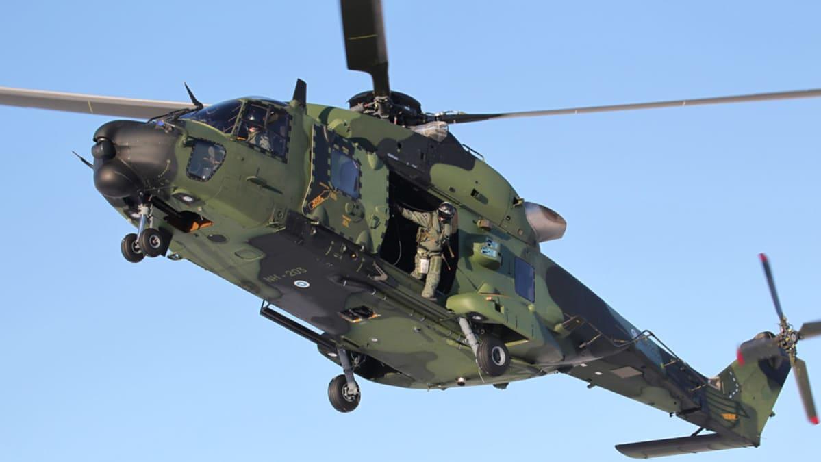 NH90-kuljetushelikopteri.