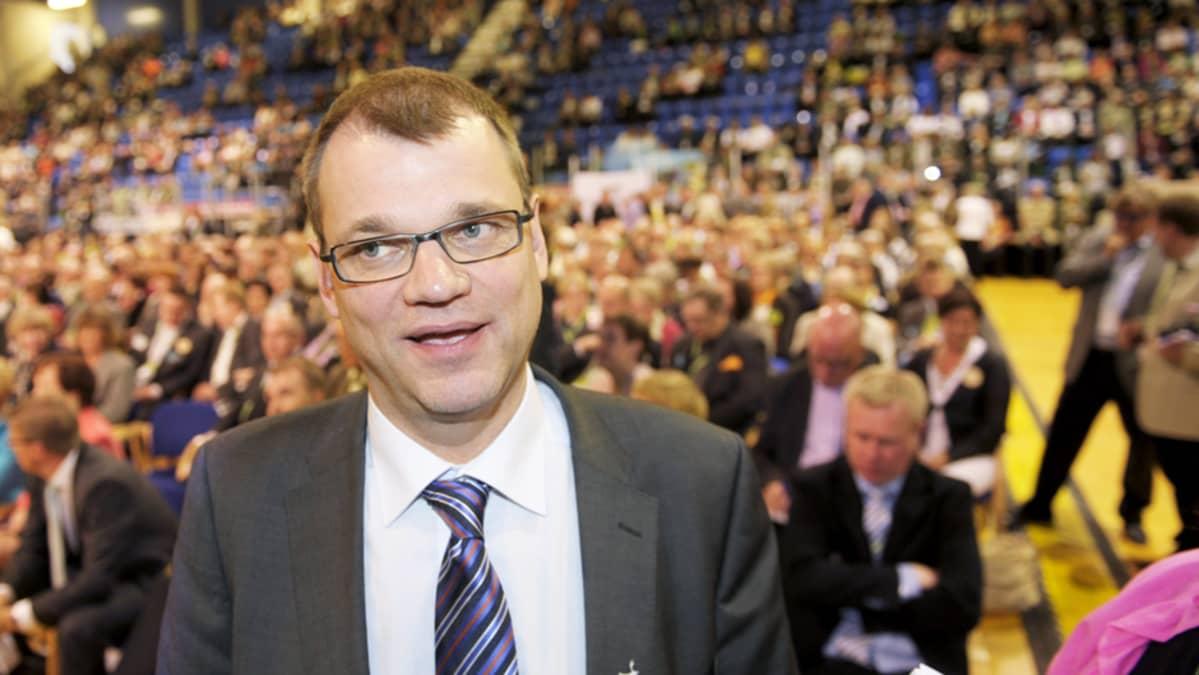 Keskustan uusi puheenjohtaja Juha Sipilä.