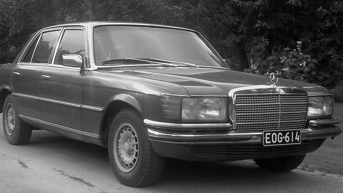 Merdedes-Benz 280 S.