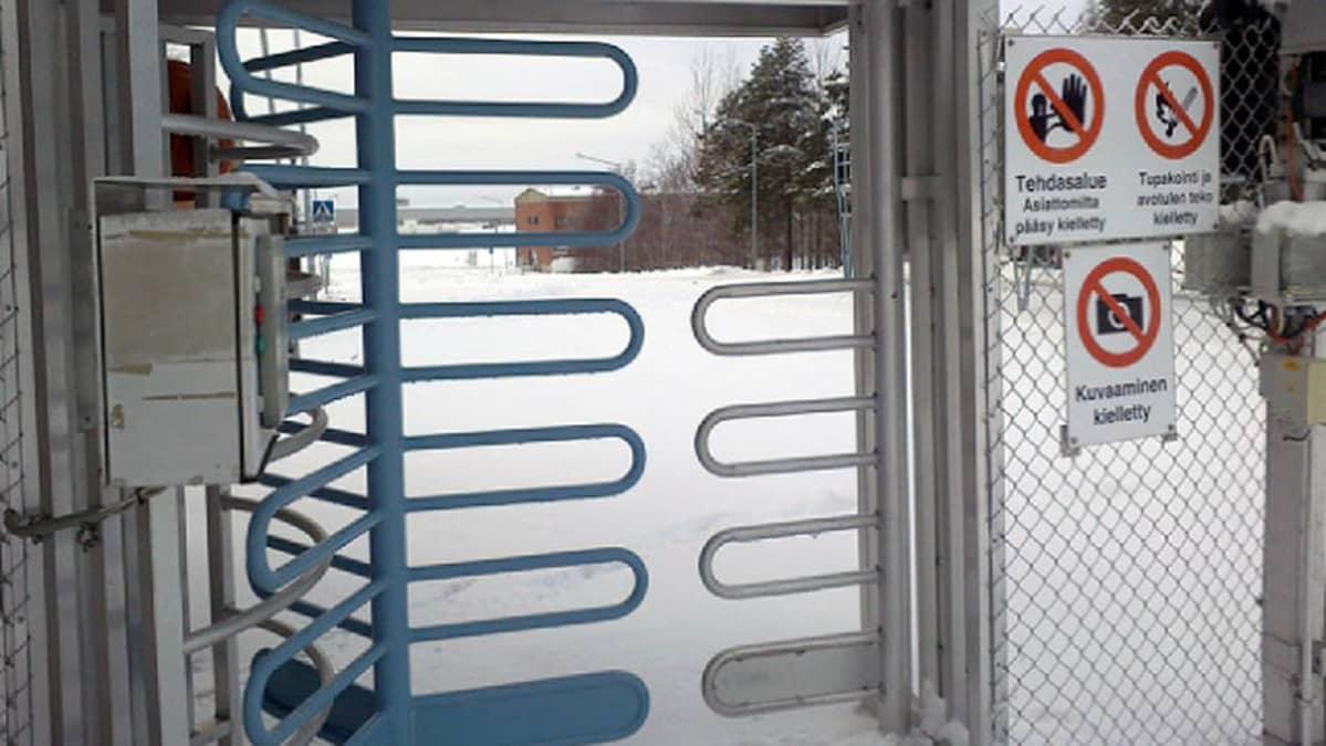 Arktos Gourp Kemijärven entisen sellutehtaan portti
