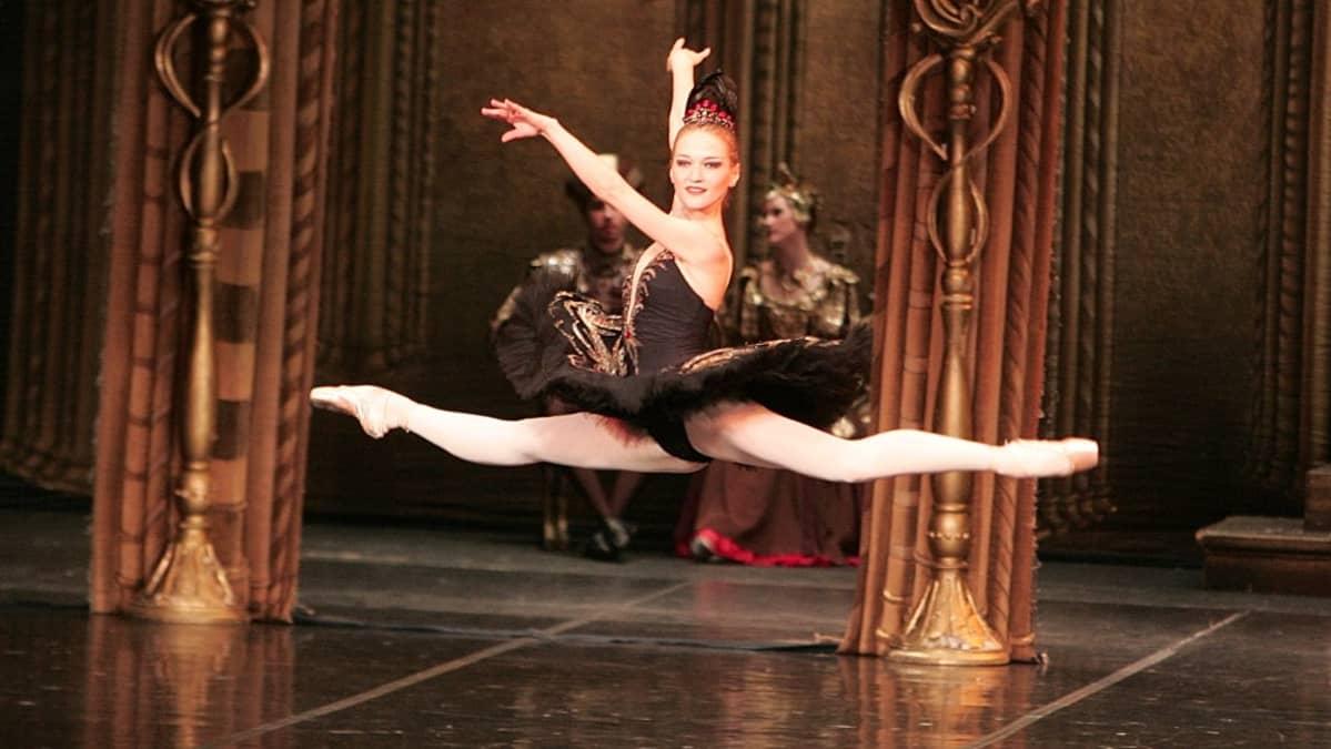 Anna Samostrelova St. Petersburg Ballet Theatresta.