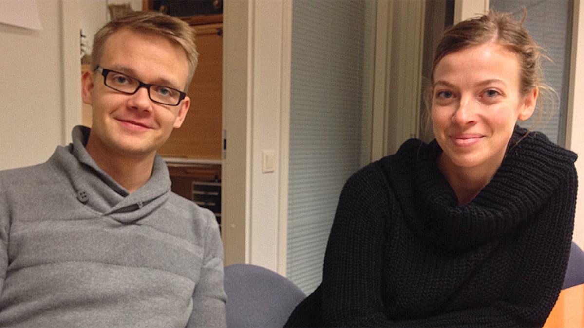 Keskustanuorten puheenjohtaja Teppo Säkkinen ja Vasemmistonuorten puheenjohtajan Li Andersson.