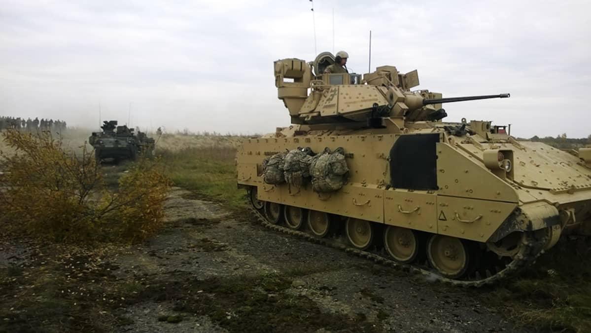 Bradley-rynnäkköpanssarivaunu