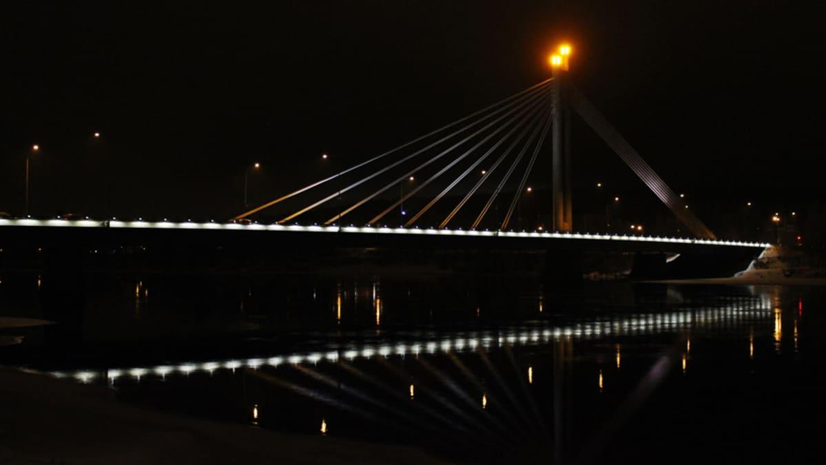 Jätkänkynttilä -silta Rovaniemellä