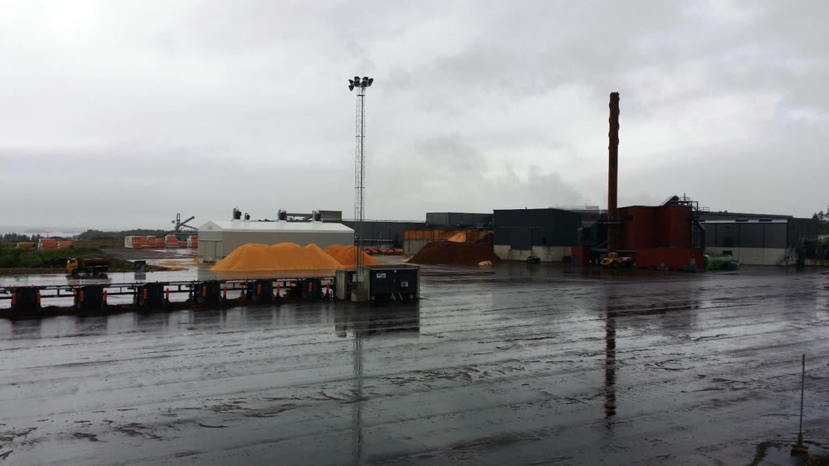 Keitele-konsernin teollisuusaluetta Kemijärvellä