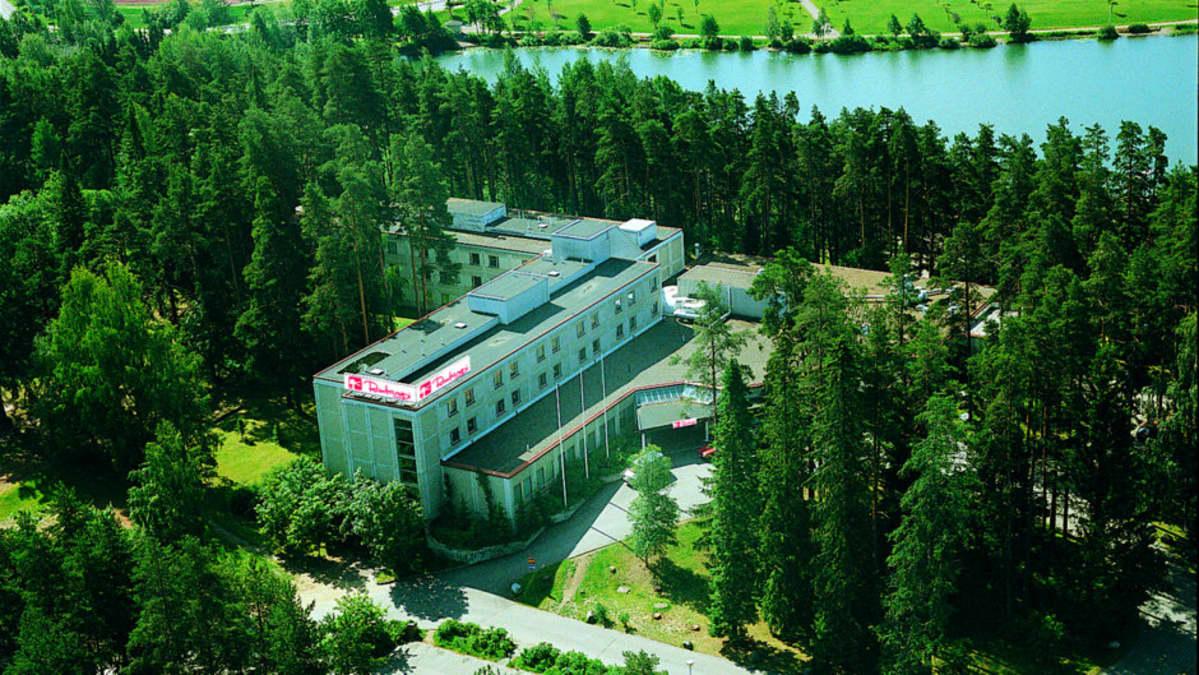 Forssan Rantasipi-hotelli ilmakuvassa