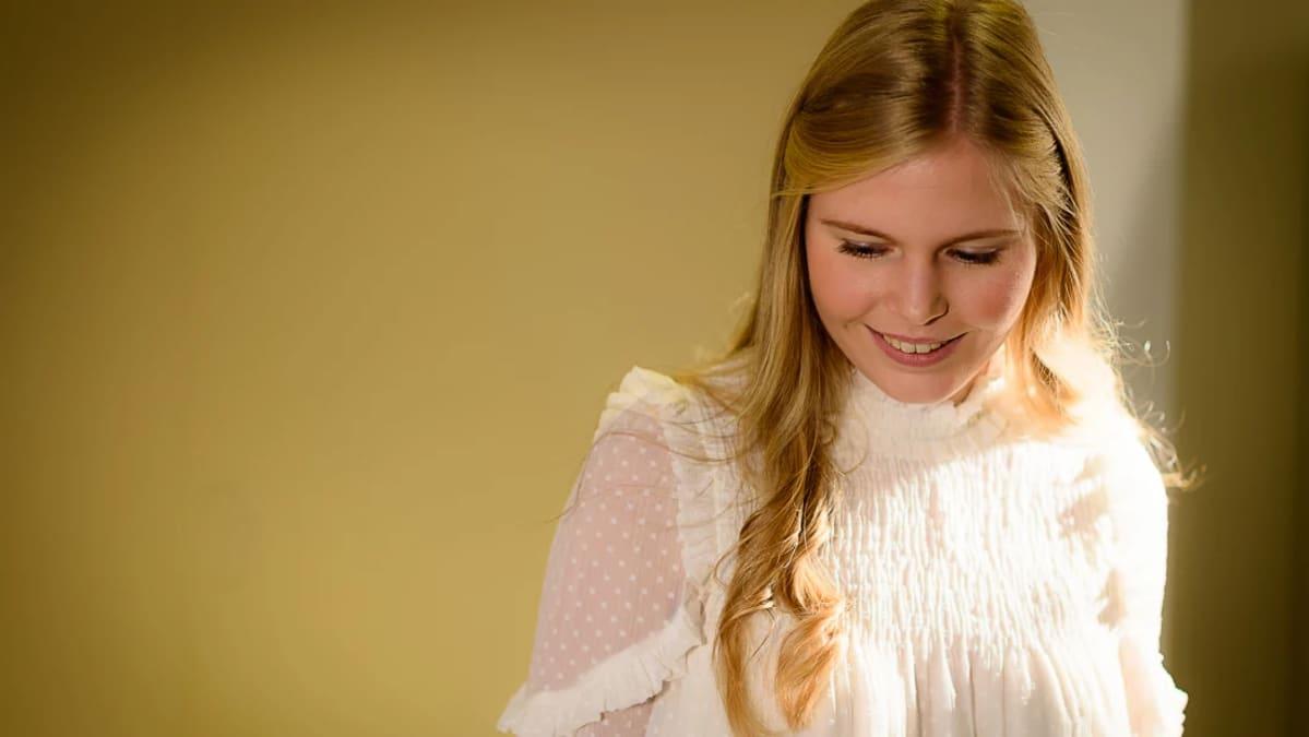Vuoden 2016 Lucia-neito Ingrid Holm.