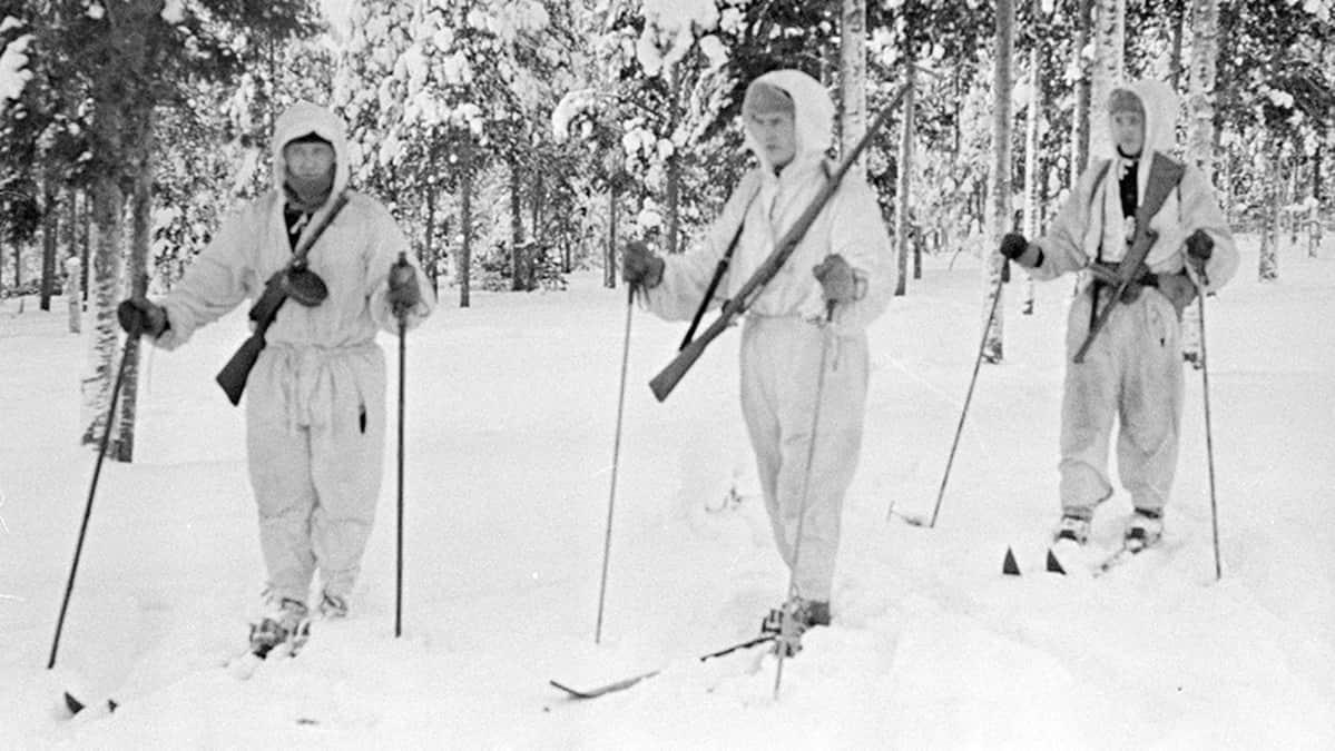 Hiihtopartio Märkäjärvellä vuonna 1940